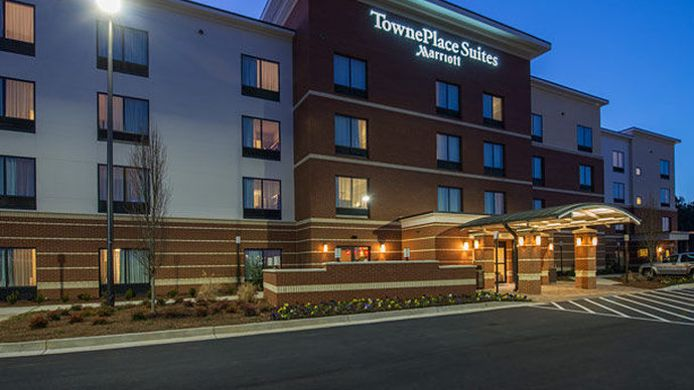 Exterior view TownePlace Suites Newnan