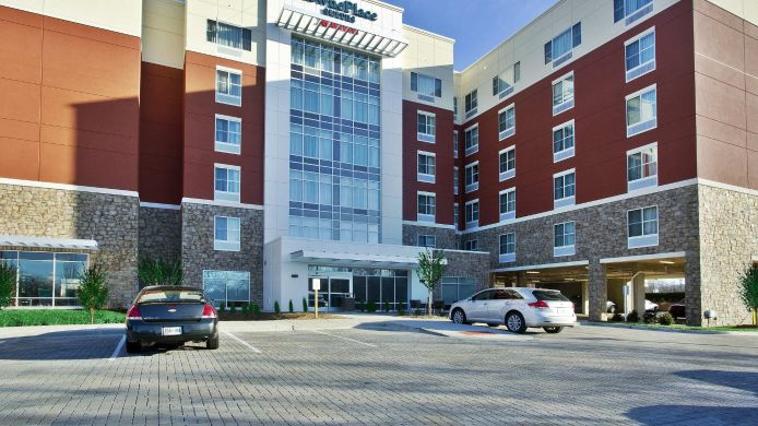 Exterior view TownePlace Suites Franklin Cool Springs