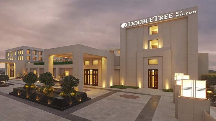 Exterior view DoubleTree by Hilton Hotel Agra