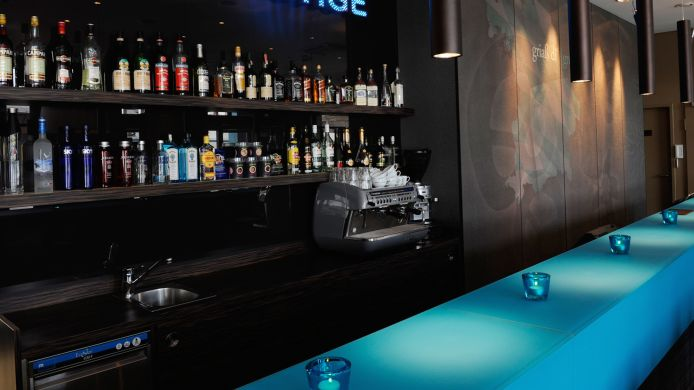 Hotel-Bar Motel One City Ost