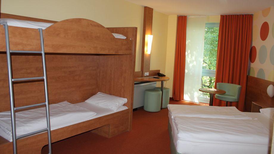 B b hotel holledau schweitenkirchen 3 sterne hotel for Hotelsuche familienzimmer