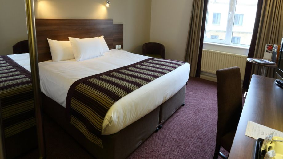 Inn Rooms Room Jurys Inn Newcastle