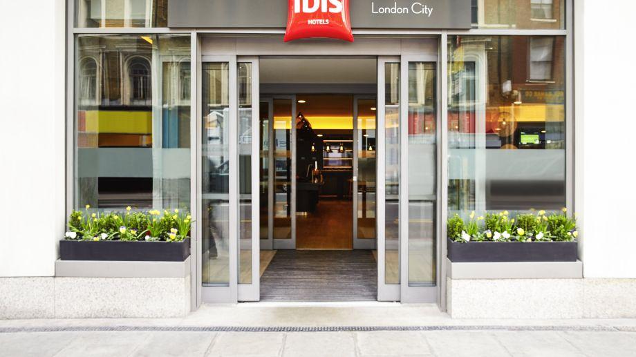 ibis london city: