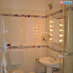 Askanischer_Hof-Berlin-Bathroom-1-2432.jpg