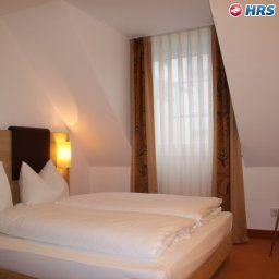 Flandrischer_Hof-Koeln-Business-Zimmer-9-5739.jpg