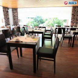 Friesen_Hotel-Jever-Restaurant_Frhstcksraum-23429.jpg