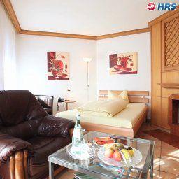 Waltershof_Seehotel-Rottach-Egern-Room-1-60362.jpg