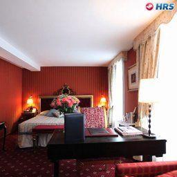 Villa_Opera_Drouot-Paris-Superior_room-3-67923.jpg