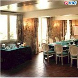 Domaine_du_Verbois_Chateaux_et_Hotels_Collection-Neauphle-le-Chateau-Conference_room-68577.jpg
