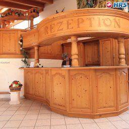 Gartenhotel_Hunsruecker_Fass-Kempfeld-Empfang-143411.jpg
