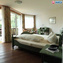 Gartenhotel_Hunsruecker_Fass-Kempfeld-Standardzimmer-1-143411.jpg