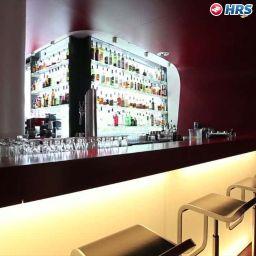 Hotel-Bar Q