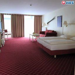 Mercure_Hotel_Chateau_Berlin_am_Kurfuerstendamm-Berlin-Superior_room-221570.jpg