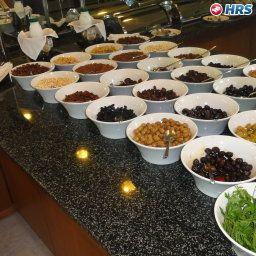 Garden_Business_Hotel-Ada-Buffet-537514.jpg