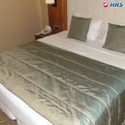 Garden_Business_Hotel-Ada-Suite-2-537514.jpg