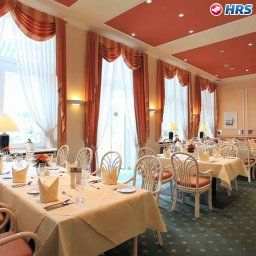 Breakfast room within restaurant Am Sophienpark