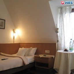 Room Barbarossa Garni