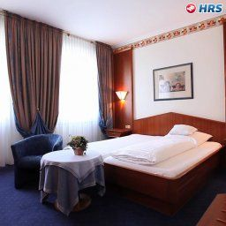 Room Im Engel