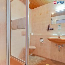 Bathroom Keinath Garni
