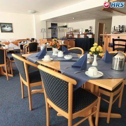 Breakfast room within restaurant CB Comfort Business