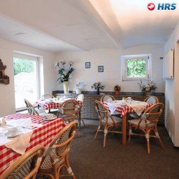 Breakfast room within restaurant Sperlingshof Pension Land-gut-Hotel