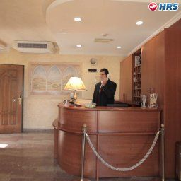 Reception Euro House Inn Airport