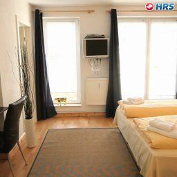 Room Apartmenthaus