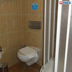 Bathroom Parkim Ayaz Hotel