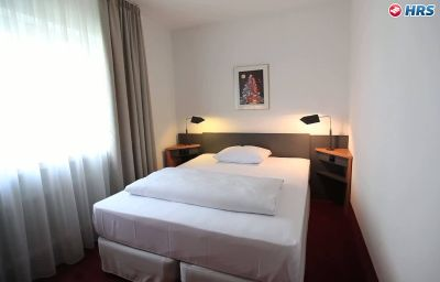 NH_Hirschberg_Heidelberg-Hirschberg-Room-4-116.jpg