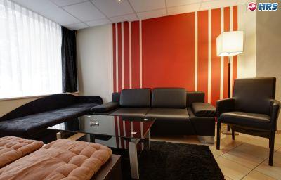 Hotel hansehof hamburg 2 sterne hotel for Hotelsuche familienzimmer