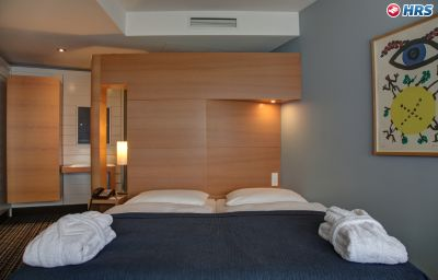 Esplanade_Resort_Spa-Bad_Saarow-Standardzimmer-10-70587.jpg