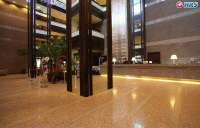 Hotelhalle Regal Riverside
