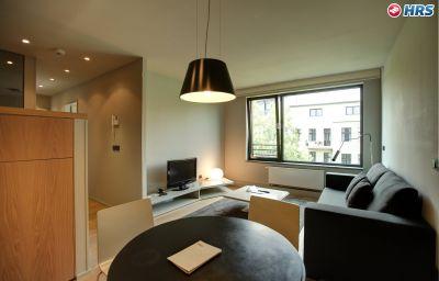 Sana-Berlin-Apartment-6-513747.jpg