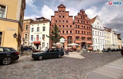Scheelehof-Stralsund-Info-18-519828.jpg
