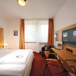 Stadthotel_Luenen-Luenen-Room-9-15970.jpg