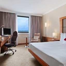 Hilton_Prague-Prague-Room-21-45985.jpg