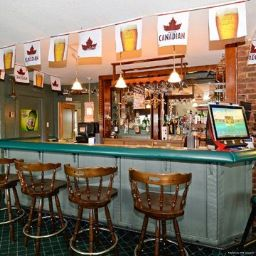 Hotel bar Econo Lodge Inn & Suites