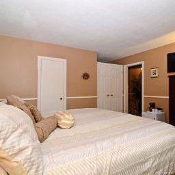 Suite Econo Lodge Inn & Suites