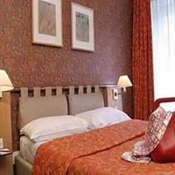 Room Moulin Plaza Paris (Île-de-France)