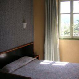 Victoria-Draguignan-Room-5-216097.jpg