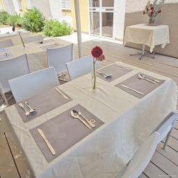Restaurant Q Village Poleg Beach