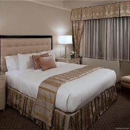 Номер Warwick New York Hotel