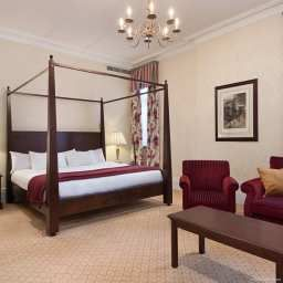 Room Hilton St Anne*s Manor Bracknell