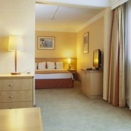 Suite Holiday Inn CALAIS