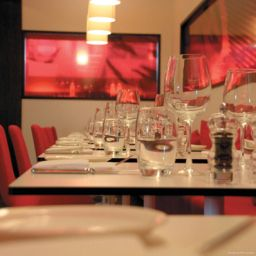 Restaurant Park Inn By Radisson Cardiff City Centre