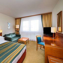Фасад Holiday Inn BRNO