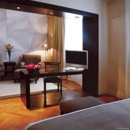 Suite NH Crillon