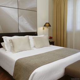 Room NH Crillon