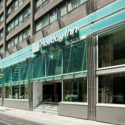 Фасад Holiday Inn TORONTO DOWNTOWN CENTRE