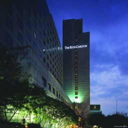 Фасад Seoul The Ritz-Carlton